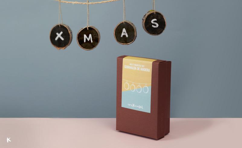Do it yourself kit guirnalda de madera para tu decoracin navidea ya sabes que acabamos de inaugurar la tienda online y tambin sabes que nos encanta crear as que en conkansei hemos elaborado 4 kits de manualidades para solutioingenieria Image collections