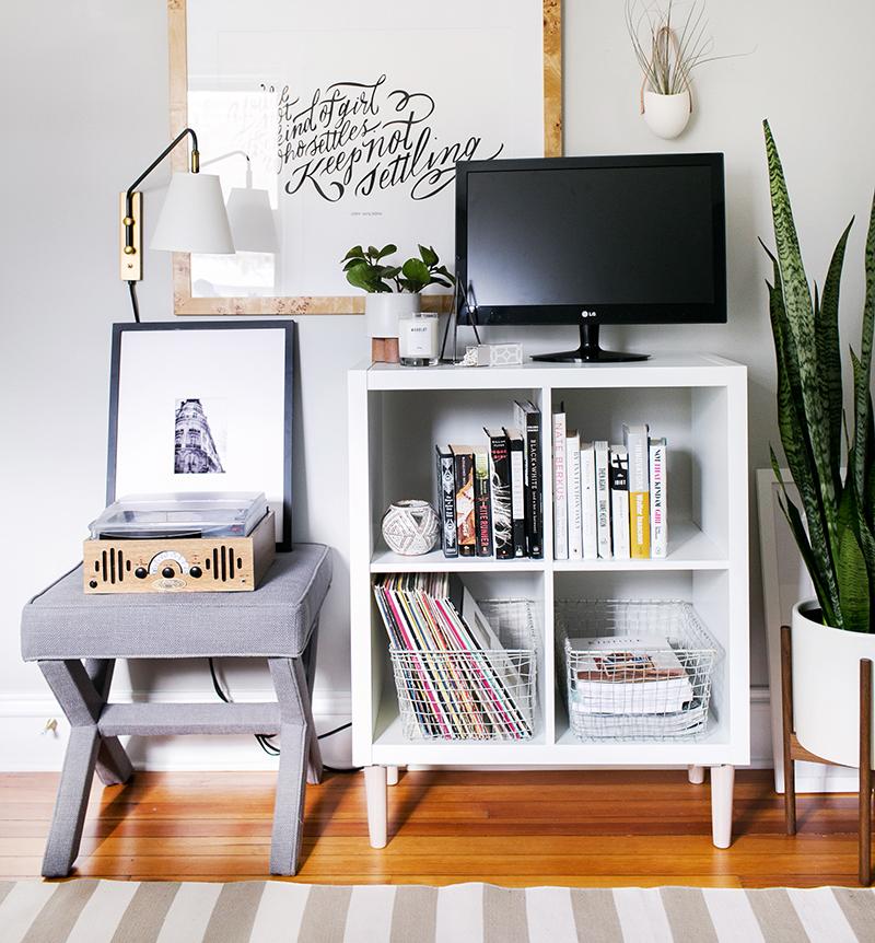 Ikea hacks 12 ideas para darle una nueva apariencia a tus - Muebles television ikea ...