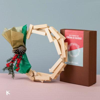 Kit DIY: Corona de Navidad de madera, la mejor decoración navideña casera