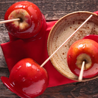 Manzanas de caramelo para Halloween